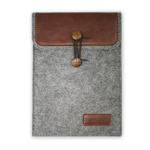 "J.M.SHOW Kuvert Väska till 9,7"" Tablets Storlek: 26,7 x 20,1cm – Brun"