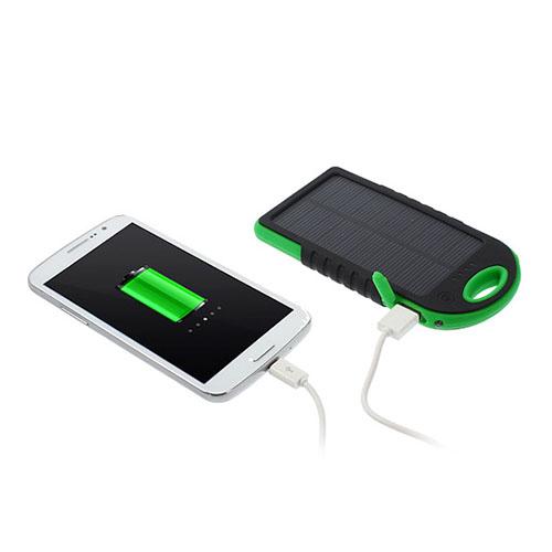Vattentät Solar Power Bank (Svart / Grön) 5000mAh till Smartphones